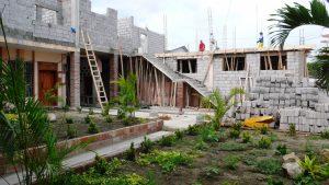 2009 - Costruzione della casa delle suore e di un'annessa struttura polifunzionale a San Vicente de Bahia (Ecuador)